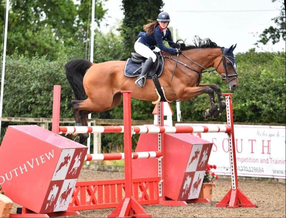 Aimee Jones Synovium Horse Health Sponsored Rider